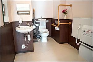 車いすトイレの写真